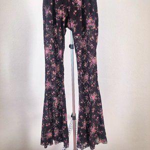 Brandy Melville Floral Lace Bell Bottom (Short)